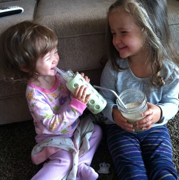 Smoothie lovers - Emma & Ava!!