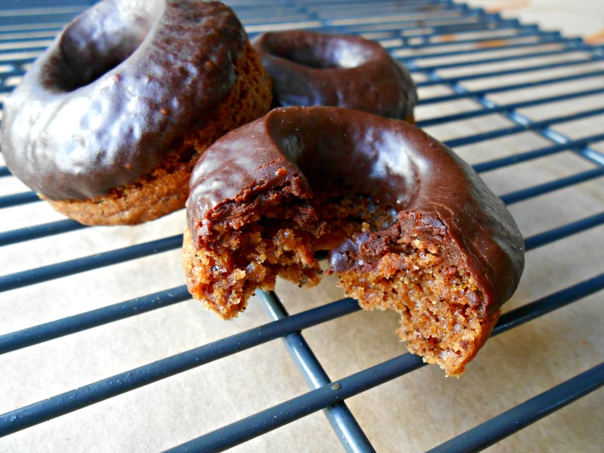 RECIPE: Baked Chocolate Earl Grey Mini Donuts