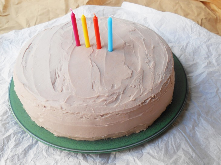 RECIPE: Blender Vanilla Cake with Coconut-Raspberry Frosting