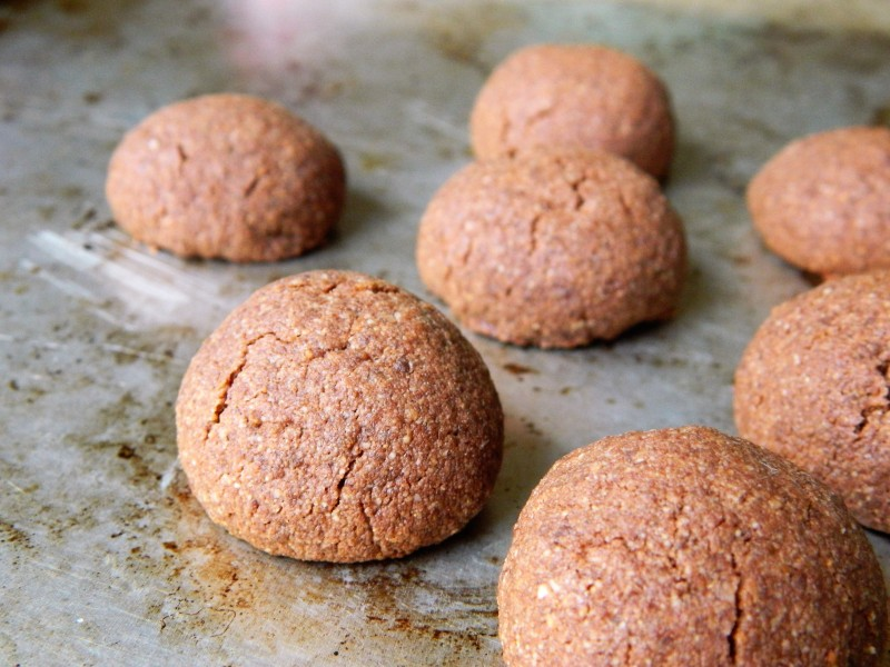 RECIPE: Grain-Free Chocolate Cookies